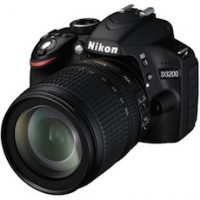 Nikon D3200 24.2 MP CMOS Digital SLR with 18-55mm f/3.5-5.6 AF-S DX VR NIKKOR Zoom Lens