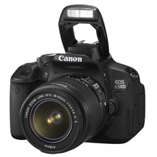 Canon EOS 650D with EF-S 18-55mm f/3.5-5.6 IS II Lens Kit Set