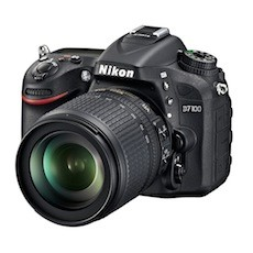 Nikon D7100 with 18-105mm VR Kit Set