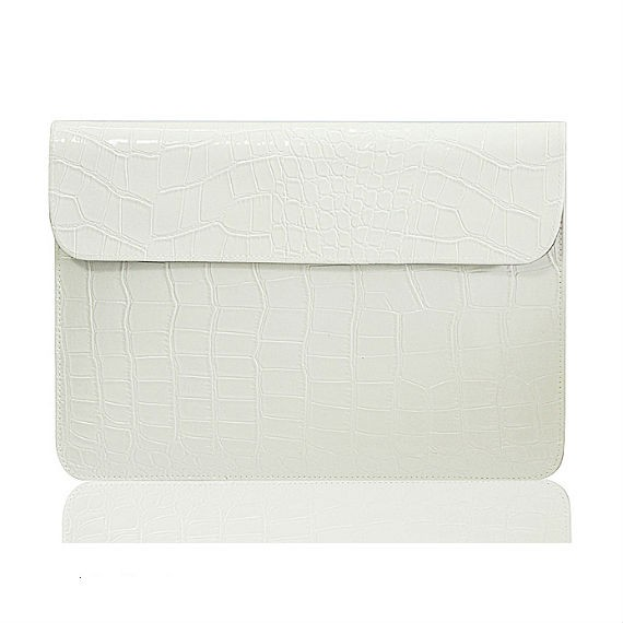 Apple Macbook Air 11-inch Leather Protective Case