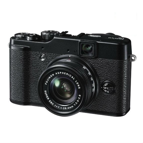 Fujifilm X10 12MP EXR CMOS Digital Camera with f2.0-f2.8 4x Optical Zoom Lens and 2.8-Inch LCD