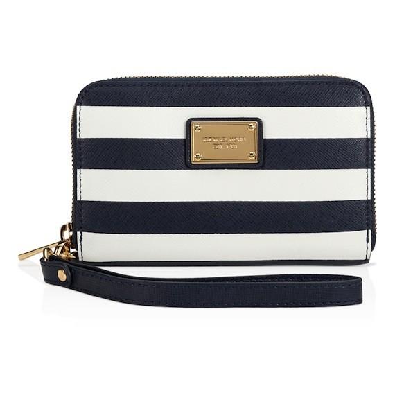 M.kors essential zip wallet for iphone